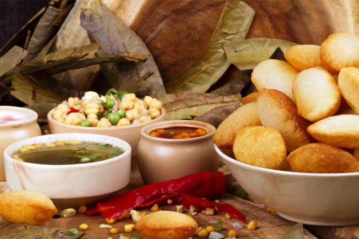 Street Food Tour in Old Delhi